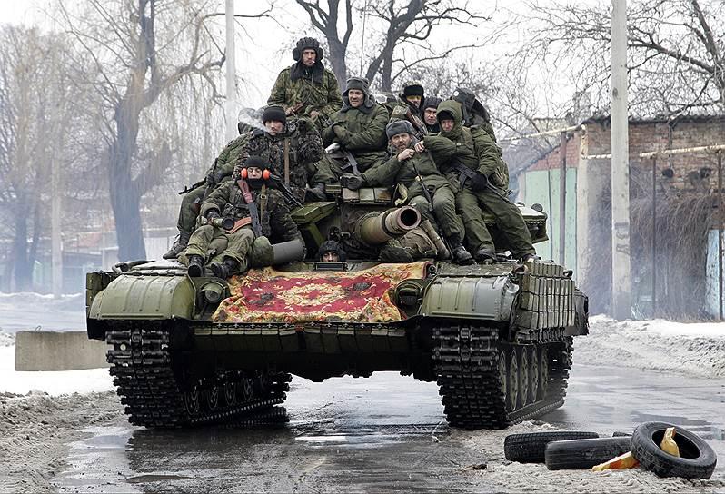 24 января 2015 года. Мариуполь попал под обстрел. МВД Украины  возложило ответственность за произошедшее на ополчение самопровозглашенной ДНР. Украинская прокуратура уже квалифицировала обстрел города как теракт. В свою очередь в Минобороны ДНР эти сообщения опровергли, назвав их «откровенной дезинформацией и ложью»