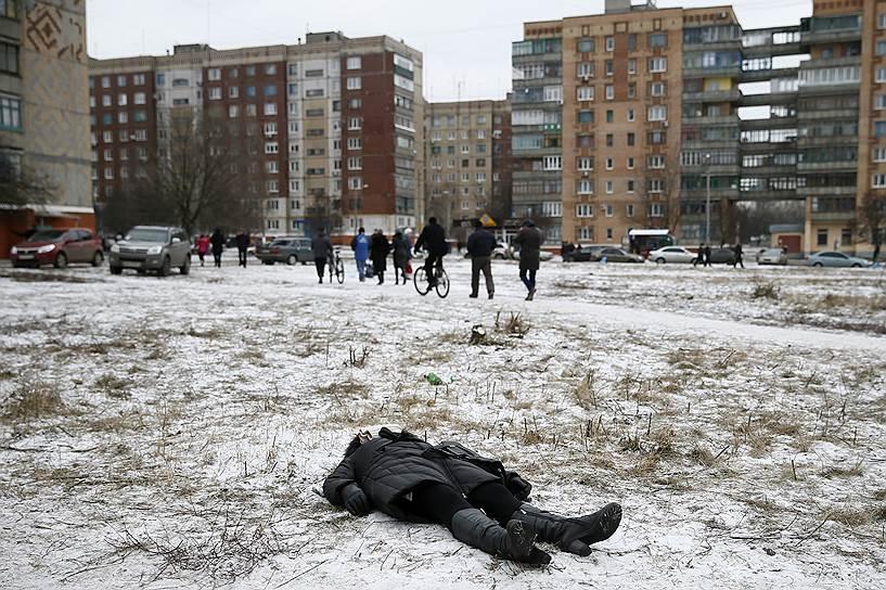 10 февраля 2015 года. Три человека были убиты, 15 ранены в результате ракетного удара по Краматорску