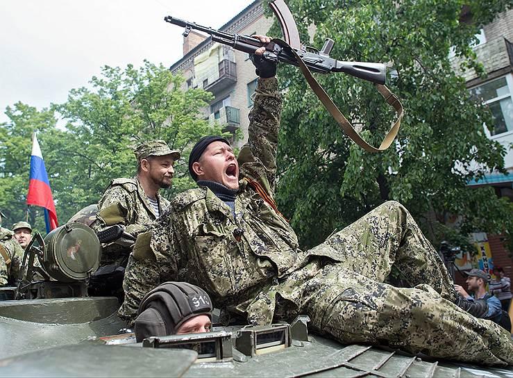 11 мая 2014 года. В Донецкой и Луганской областях состоялись референдумы о самоопределении. Провозглашены Донецкая (ДНР) и Луганская народные республики (ЛНР). Подписано соглашение о создании союза «Новороссия»