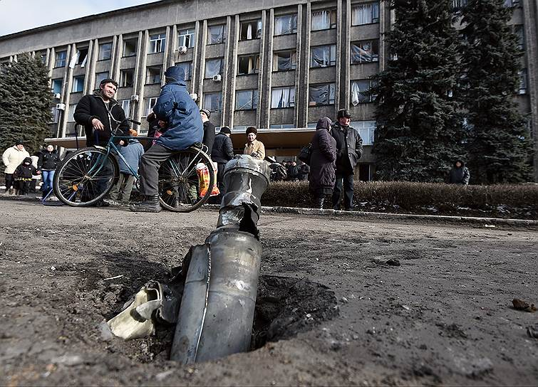 24 февраля 2015 года. В ЛНР сообщили об отводе украинских войск