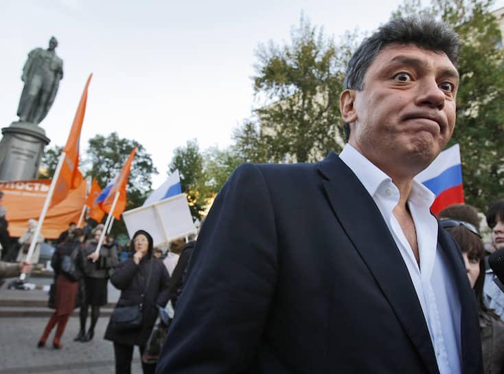 Из-за доклада «Путин. Итоги. 10 лет» на господина Немцова подал в суд совладелец компании Gunvor Геннадий Тимченко. Из трех фраз, которые он требовал опровергнуть, суд признал порочащими две. Борис Немцов подсчитал, что по его докладам было проведено 31 судебное заседание