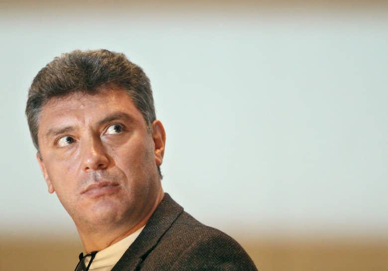 Интервью с Борисом Немцовым в субботнем эфире телеканала «Россия 1» в 2012 году эксперты посчитали сенсацией. Политик озвучил требования внесистемной оппозиции, заявленные на митинге на проспекте Сахарова. Это было первое его появление на федеральном ТВ за несколько лет