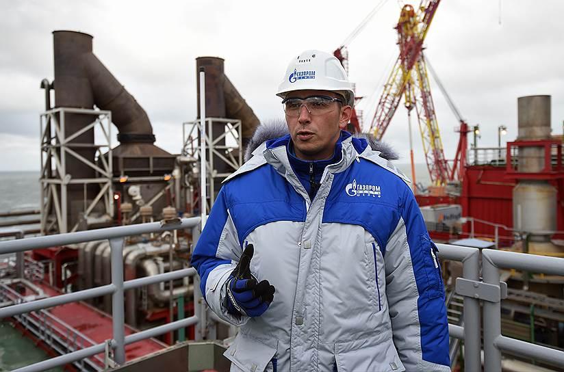 Главный инженер МЛСП «Приразломная» Сергей Кошелев отвечает за всю производственную часть работ на платформе, от состояния комплекса связи до управления комплексом механического оборудования