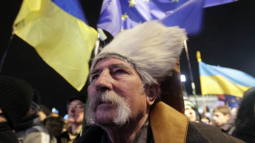 29 ноября. На саммите Восточного партнерства в Вильнюсе Виктор Янукович отклонил предложения ЕС подписать соглашение об ассоциации. В четыре утра «Беркут» начал разгон лагеря на Майдане. Был задержан 31 человек, около 40 — в больнице