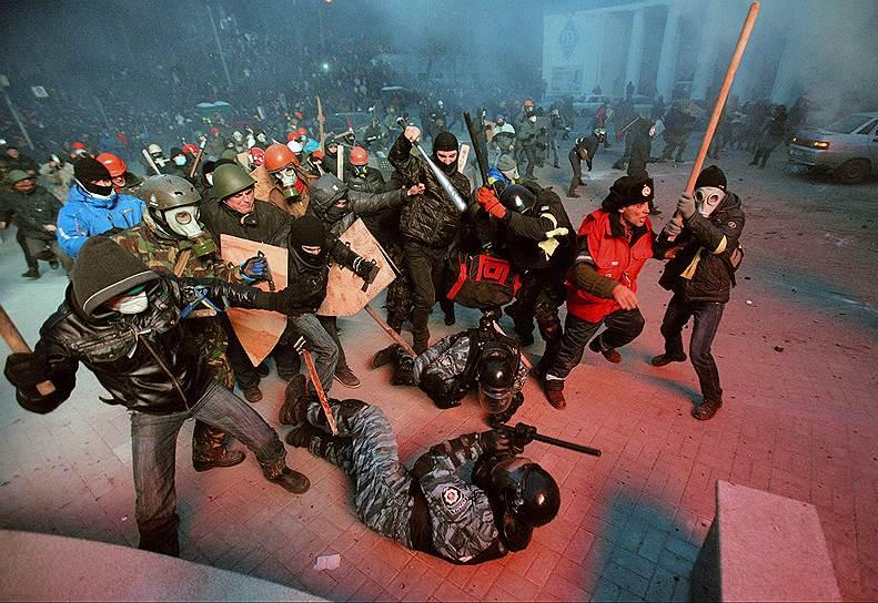 19 января. На очередное Народное вече собрались до 500 тыс. человек