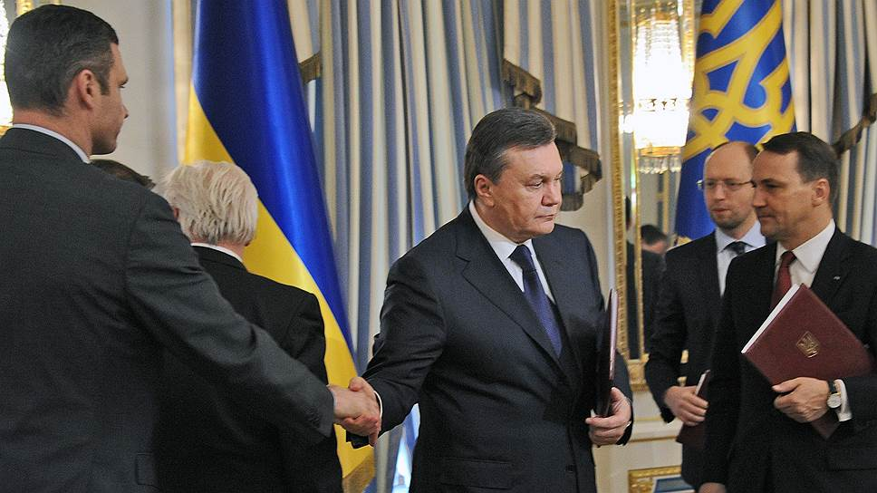 19 февраля. Виктор Янукович призвал оппозицию отказаться от применения силы на Майдане. Президент Украины и лидеры оппозиции объявили перемирие, но радикалы из движения «Правый сектор» назвали эту договоренность фальшивой. Утром на Майдане вновь начались столкновения между сторонниками оппозиции и силовиками