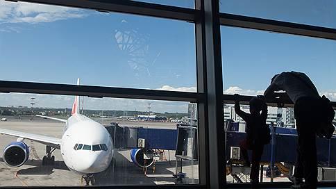 «Трансаэро» могут не допустить к рейсам Москва—Тбилиси  / Грузия не дает компании разрешение на полеты в столицу