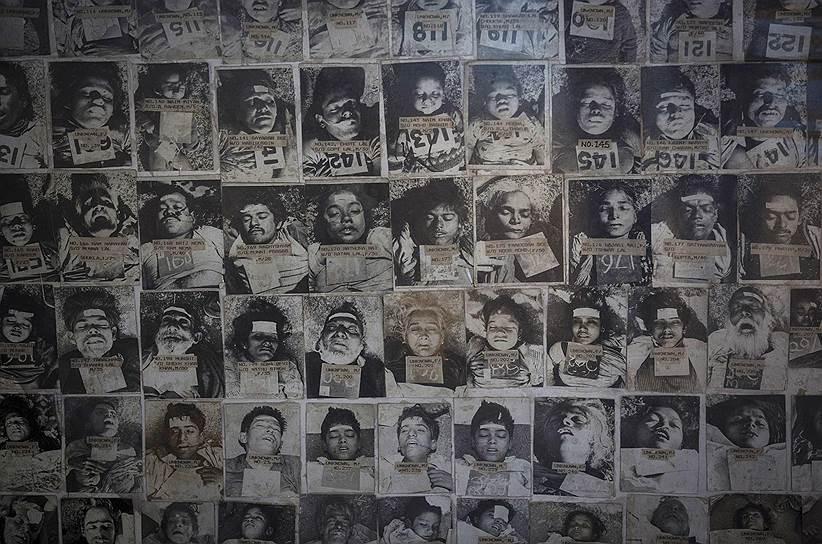 Авария, произошедшая на химическом заводе Union Carbide в индийском городе Бхопал 3 декабря 1984 года, стала крупнейшей по числу жертв техногенной катастрофой. Жертвами трагедии, причины которой до сих пор официально не установлены, стали не менее 18 тыс. человек: 3 тыс. погибли непосредственно в день аварии, 15 тыс. — в последующие годы