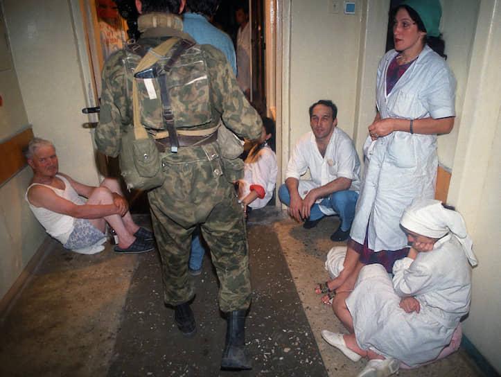 1995 год. Захват чеченскими террористами Шамиля Басаева больницы в Буденновске
