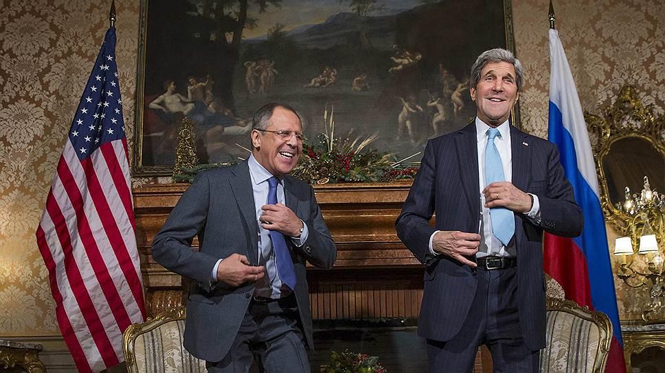 Министр иностранных дел РФ Сергей Лавров (слева) и госсекретарь США Джон Керри