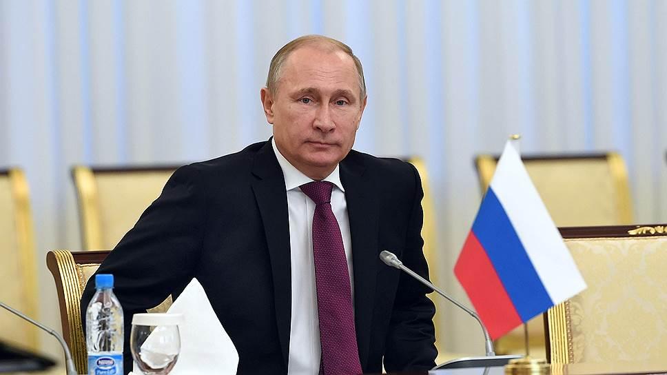 Владимир Путин расскажет региональным руководителям, что делать в кризис