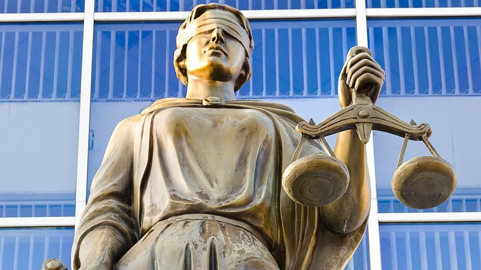 Почему обвиняемая сменила адвоката