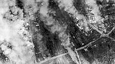 Изначально планировалось, что операция начнется с налета ВВС США. Однако из-за плохой погоды американские самолеты не смогли принять участие в операции в этот день. В итоге вечером 13 января 796 самолетов Avro Lancaster и 9 De Havilland Mosquito вылетели двумя волнами и сбросили на Дрезден 1478 тонн фугасных и 1182 тонны зажигательных бомб. Еще спустя три часа 529 «Ланкастеров» сбросили 1800 тонн бомб