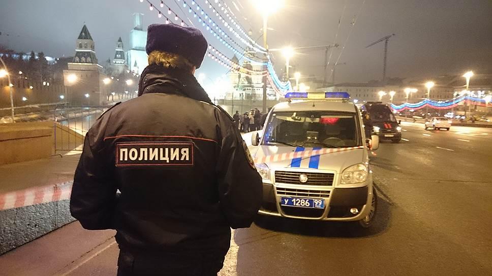 Следствие рассматривает в качестве версий убийства политическую провокацию, исламско-экстремистский след, внутриукраинские события, коммерческую деятельность