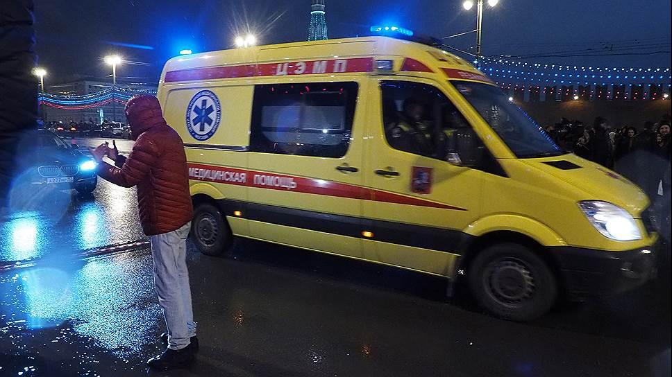 Прощание с Борисом Немцовым пройдет 3 марта с 10:00 до 14:00 в Сахаровском центре. После гражданской панихиды его похоронят на Троекуровском кладбище