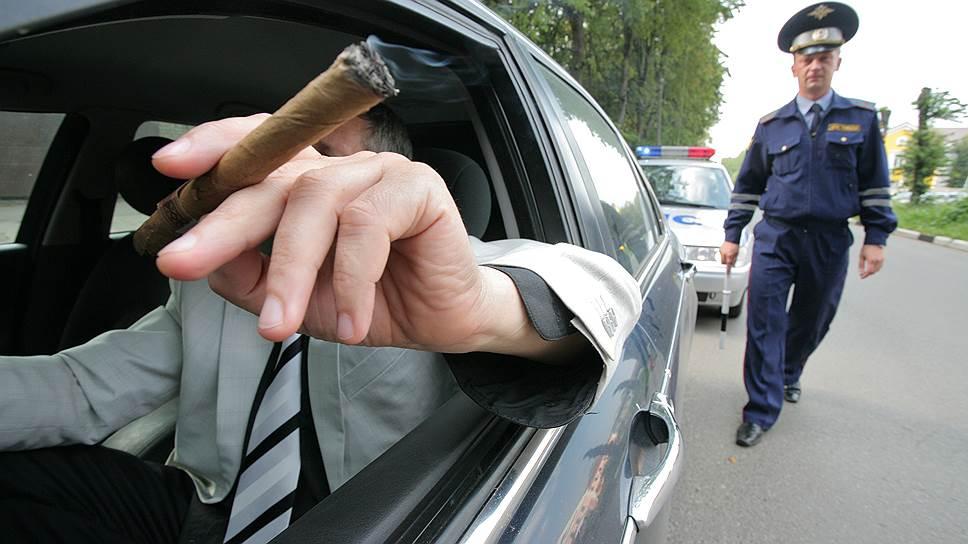 Водителей оставляют без сигарет и телефонов