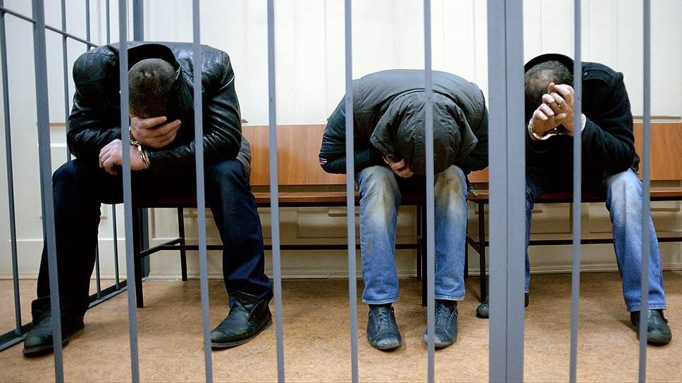 Подозреваемые в убийстве политика Бориса Немцова Тамерлан Эскерханов, Шагит Губашев и Хамзат (Рамзан) Бахаев