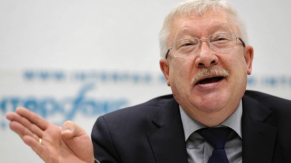 Олег Морозов уступит свой пост молодым кадрам