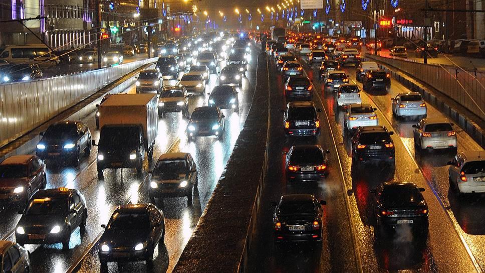Москва и Санкт-Петербург в лидерах по загруженности дорог