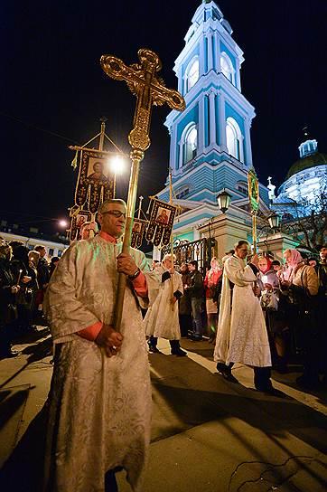 Крестный ход в Елоховском Соборе