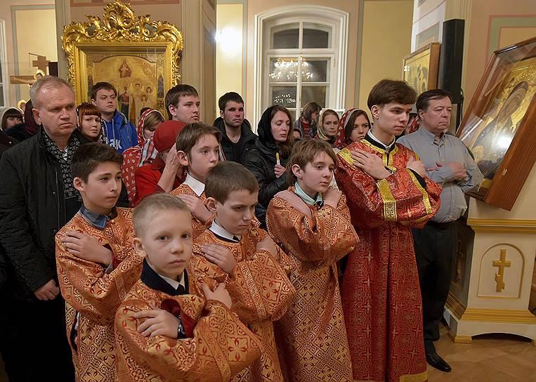 Пасхальная служба в Соборе Благовещения Пресвятой Богородицы