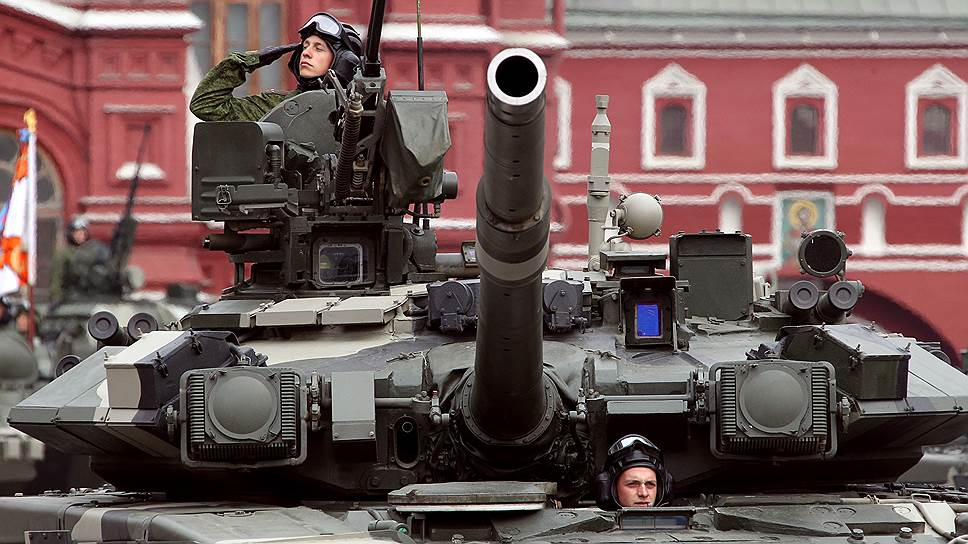 В 2015 году уровень оснащения вооруженных сил новой техникой достигнет 30%