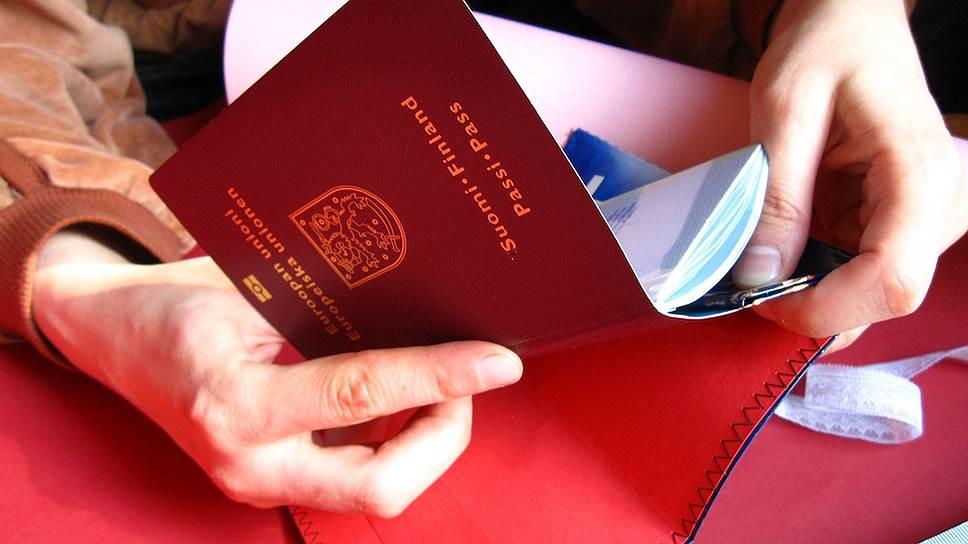 Российским загранпаспортам отказали в «могуществе»