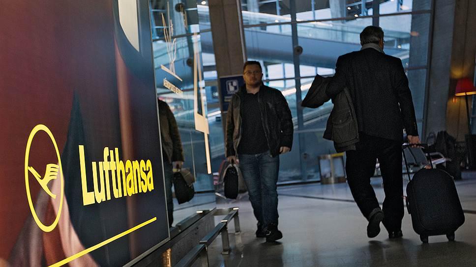 Чиновников откомандируют российскими авиакомпаниями