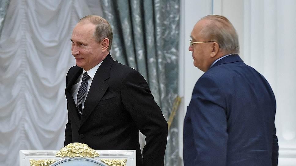 Владимир Путин на заседании попечительского совета МГУ в очередной раз одобрил инициативы Виктора Садовничего