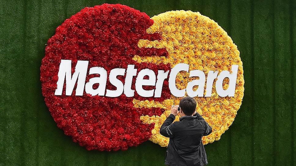 Visa и MasterCard приходят в Китай