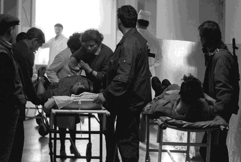 К середине июня 1992 года потери обеих сторон составили более 1 тыс. человек. Около 400 погибших оказались мирными жителями. Почти 500 человек пропали без вести, их местонахождение неизвестно до сих пор. Самыми кровавыми оказались события лета 1992 года в Бендерах. Тогда погибли не менее 450 человек, из них 132 — мирные жители, в том числе 5 детей. Количество раненых составило 1242 человека