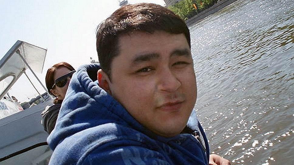 Назим Султанов