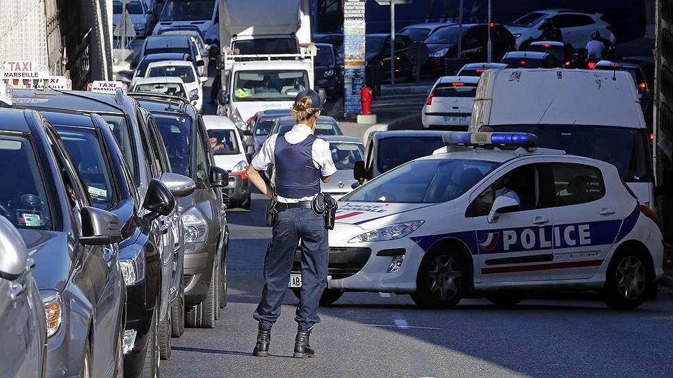 Почему во Франции были задержаны два топ-менеджера Uber