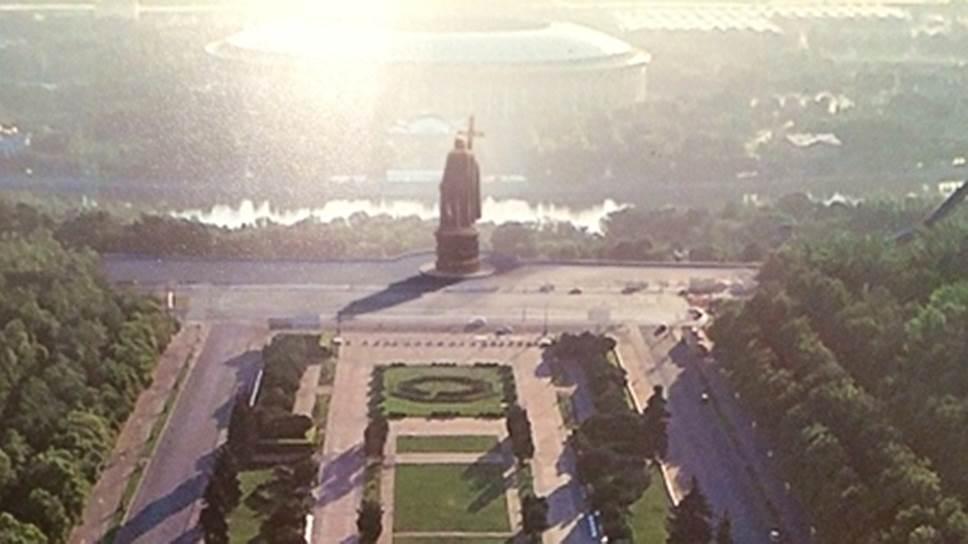 Памятник князю Владимиру откроют в Москве 4 ноября