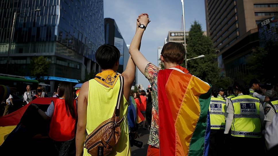 Россияне против легализации гей-браков