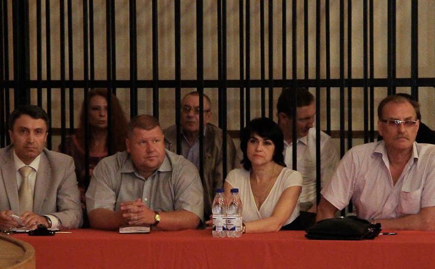 Расследование в отношении остальных пяти обвиняемых продолжалось почти два года. 6 мая 2013 года Московский районный суд Казани приступил к рассмотрению 100-томного уголовного дела о крушении теплохода. Большинство подсудимых не признали своей вины, переложив ее на экипаж судна, а также на правоохранительные органы, которые, по их мнению, должны были запретить последний рейс<br> На фото: гендиректор ООО «Аргоречтур» (компания-субарендатор теплохода) Светлана Инякина, обвиняемая по делу о крушении