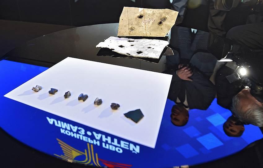 13 октября 2015 года российский концерн ПВО «Алмаз-Антей» завершил расследование катастрофы Boeing 777. По словам представителей концерна, было проведено два полномасштабных натурных эксперимента, и они позволяют утверждать: самолет был сбит со стороны населенного пункта Зарощенское — территории, которая контролировалась ВС Украины, а использованная для этого ракета 9М38 снята с вооружения армии РФ в 2011 году