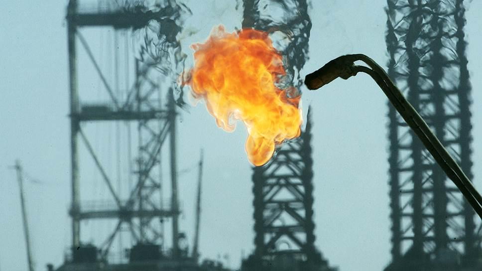 Низкие цены на нефть корректируют добычу