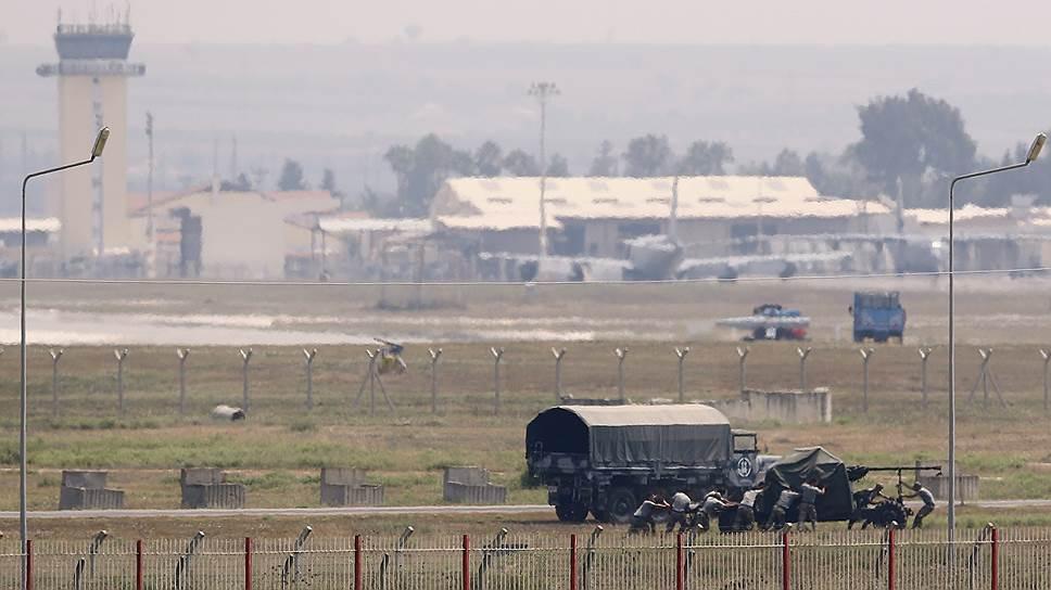 Почему Турция продолжает бомбить позиции курдов