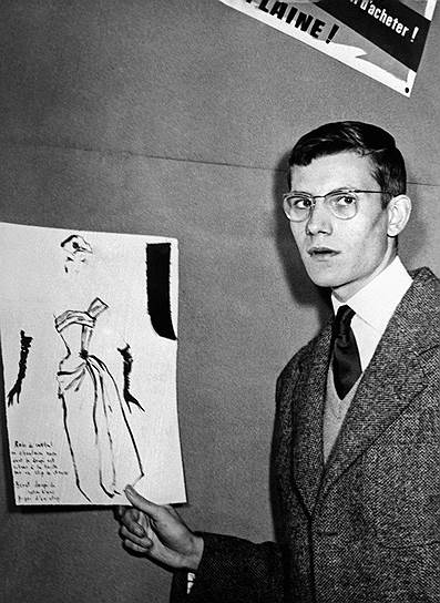 Ив Анри Дона Матье Сен-Лоран родился в 1936 году в Алжире, который тогда был французской колонией. Семейным занятием Сен-Лоранов была юриспруденция, однако юный Ив  в 1954 году поступил в школу при Синдикате высокой моды (Chambre Syndicale de la Haute Couture school) в Париже