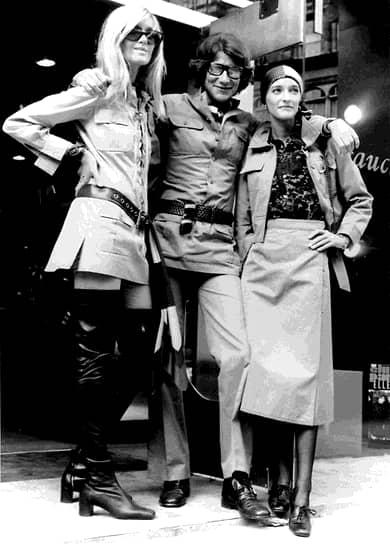 Дефиле моделей Сен-Лорана постоянно сопровождали скандалы — так было и с закрытыми, но при этом практически обнажающими женское тело полупрозрачными шифоновыми платьями, и блузами в оборках и бантах