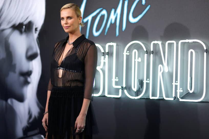 В июле 2017 года в Лос-Анджелесе прошла премьера фильма «Взрывная блондинка». В шпионском боевике, действие которого разворачивается в конце 1980-х, Шарлиз Терон сыграла главную роль. В 2018 году на экраны вышли сразу два фильма с ее участием — «Талли» и «Опасный бизнес»