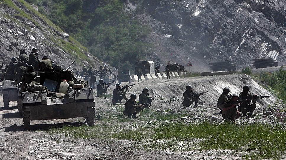Военная техника 58-й армии России на Транскавказской магистрали