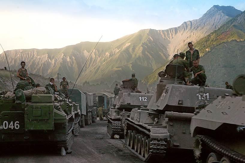 Вывод военной техники российской армии