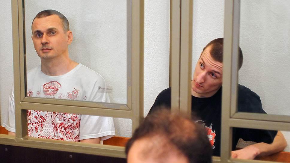 Какой срок просили для Олега Сенцова