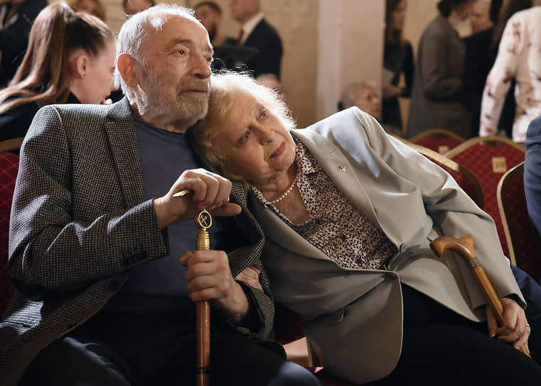 12 декабря 2020 года Валентин Гафт скончался в возрасте 85 лет