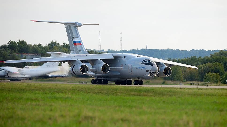 Почему Болгария отказалась пропускать в Сирию российские самолеты с гумпомощью