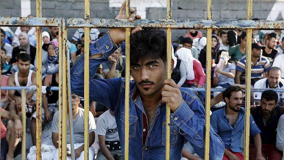 Что Европа сделает с беженцами, кто и почему бежит в ЕС