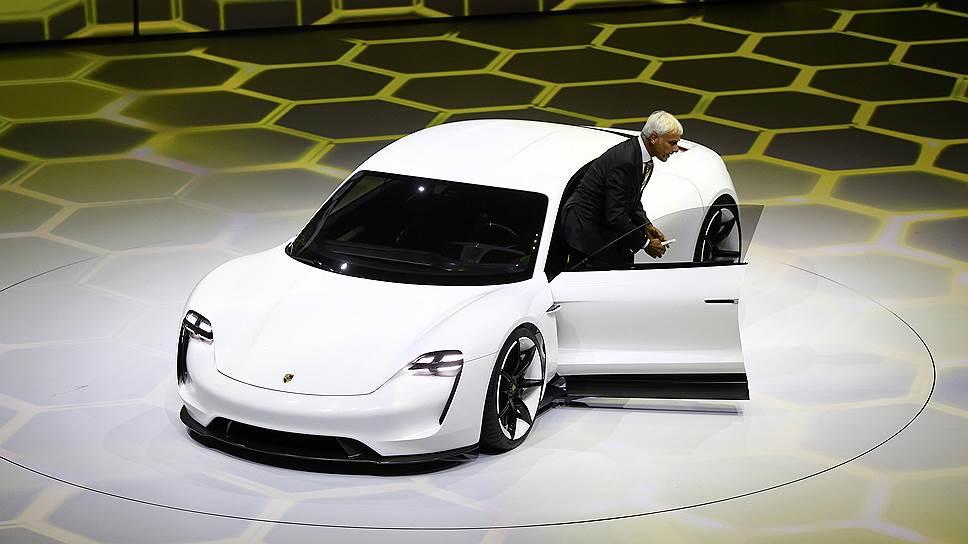 Porsche на батарейках в натуральную величину