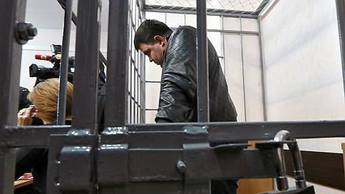 Дело о налогах в пожаре не сгорело  / Арендатора ТЦ «Адмирал» заподозрили в недоимках